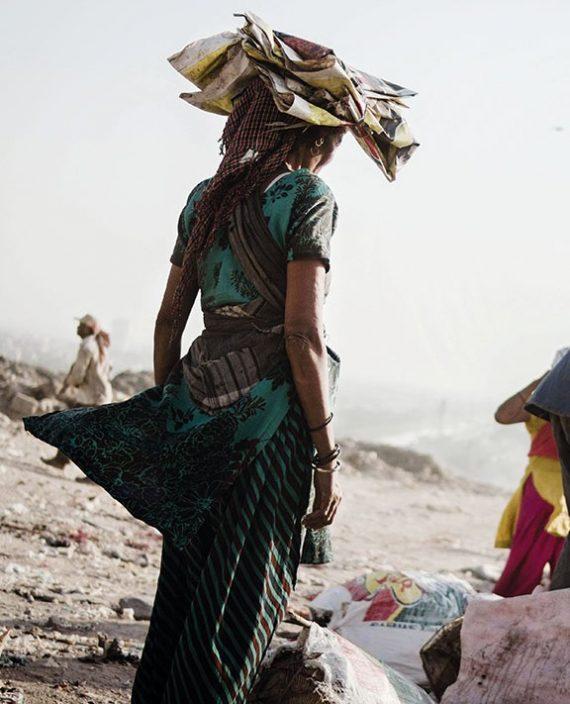 Postkarte - Weinert Brothers - Ghazipur Müllkippe