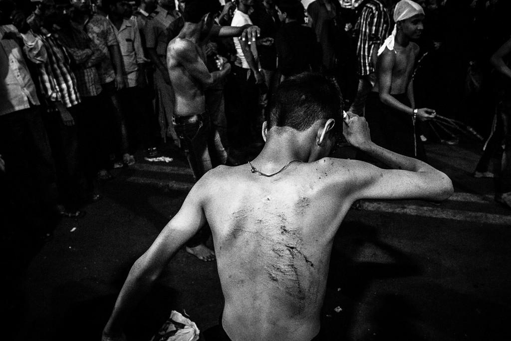 Ein Junge während des Ashura-Trauerfests in Mumbai, Indien, 2015.