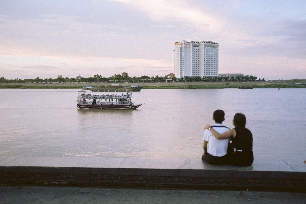 Flusspromenade in Phnom Penh, Kambodscha, 2018