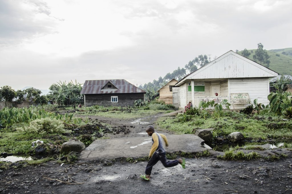Ein Junge in Kitshanga, DR Kongo, 2016.